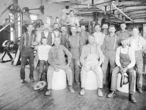Portrait of Wilna Machine workers in Carthage