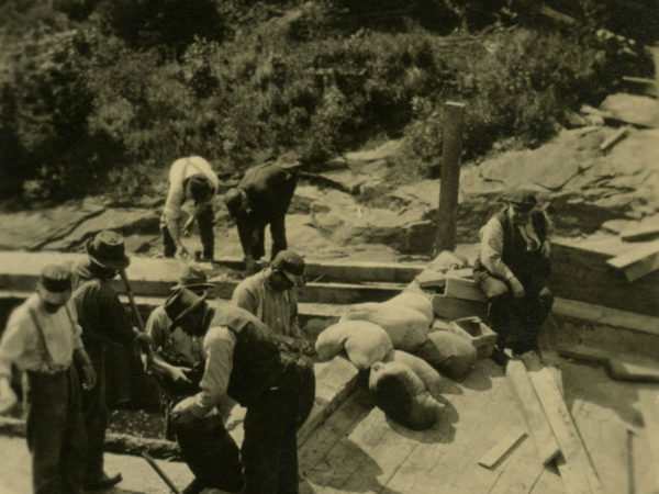 Construction of the Newton Falls Dam in Newton Falls