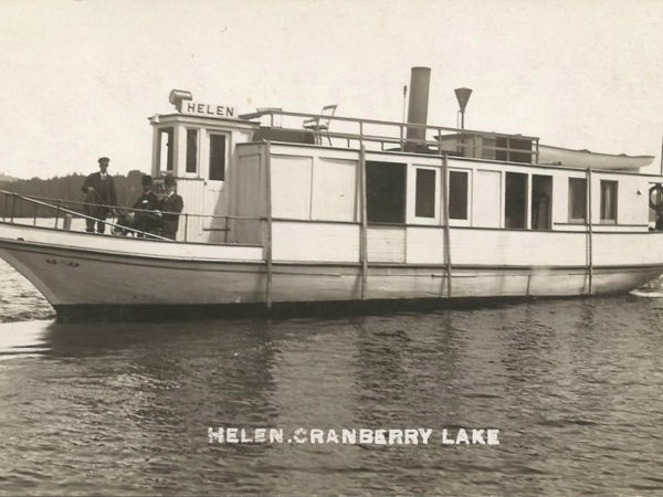Steam boat Helen on Cranberry Lake