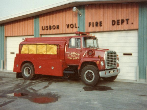 Early fire department tanker in Lisbon