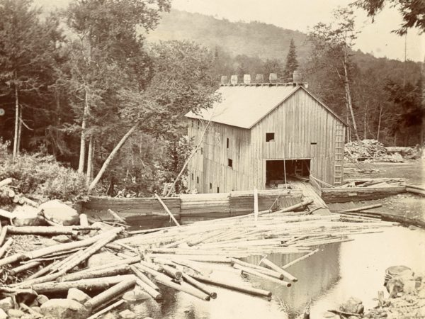 Fifth Lake lumber mill in Inlet