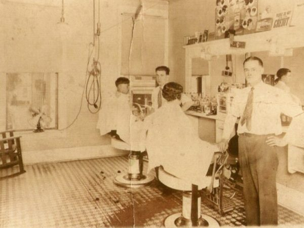Ceylon Reed barber shop in De Kalb Junction
