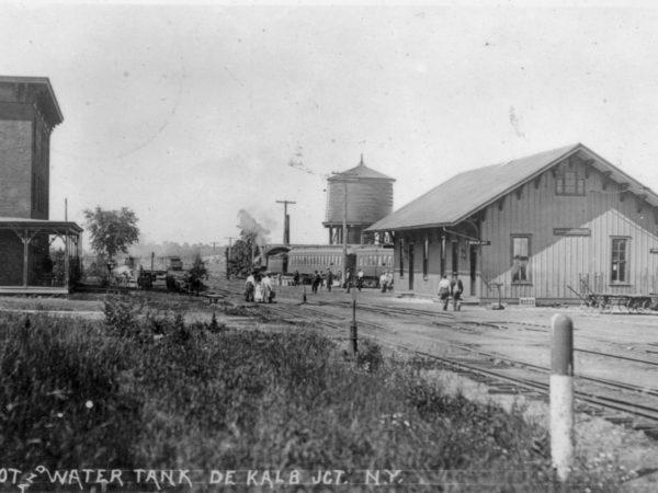 Depot and water tank in De Kalb Junction