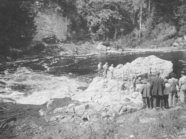 "Blasting ""Bullhead Rock"" in the Oswegatchie River near De Kalb"