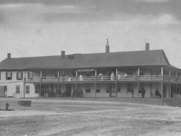 The American House Hotel in Canto
