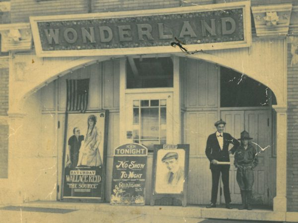 Exterior of the Wonderland Theatre in Canton