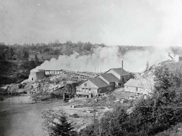 Talc mill in Fullerville