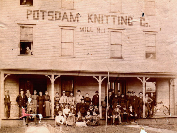 Knitting mill workers in Potsdam