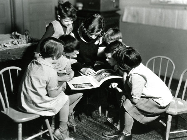 Student teacher from Potsdam Normal School (SUNY Potsdam) reads to students at the Congdon Campus School in Potsdam