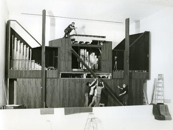 Installing concert organ at SUNY Potsdam in Potsdam