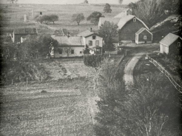 Pleasant Valley farm in Hammond