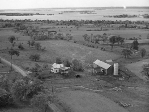Aerial view of the Ormiston homestead in Hammond
