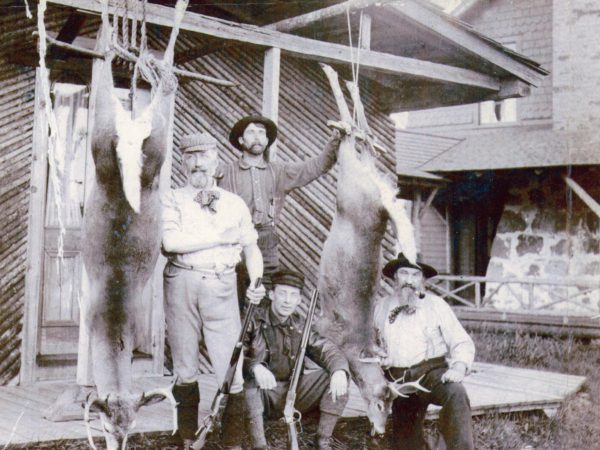 Hunting party with guides near Brandreth Lake in Long Lake
