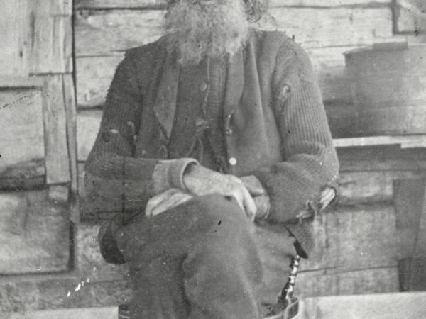 Hermit named Bowen in Long Lake