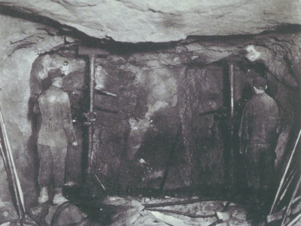 Miners creating a tunnel in the mines in Lyon Mountain