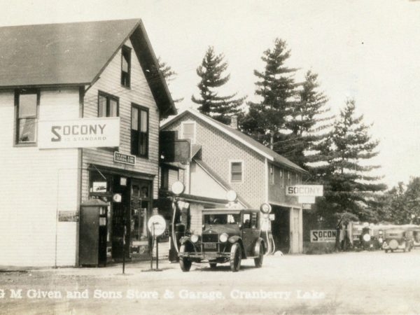 General store and garage in Cranberry Lake