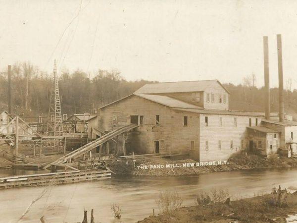 The band mill in Newbridge