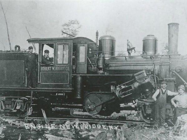 Crew with a Robert W. Higbie Co. engine in Newbridge