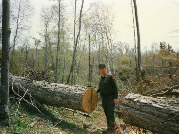 Forest ranger determines fire danger in Colton