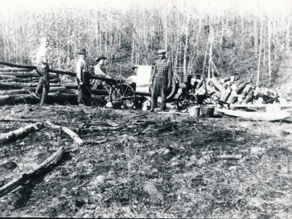 Operating a portable sawmill in Hope Falls