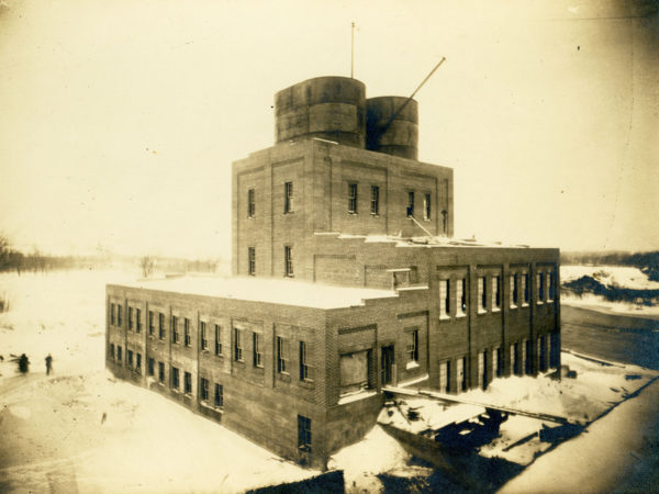 Sulphite processing building