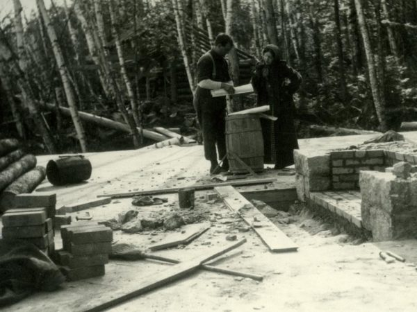 Construction of Camp Kee-o-Nek in Long Lake