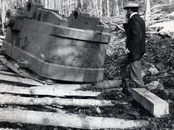 Moving mining equipment in Hamilton County