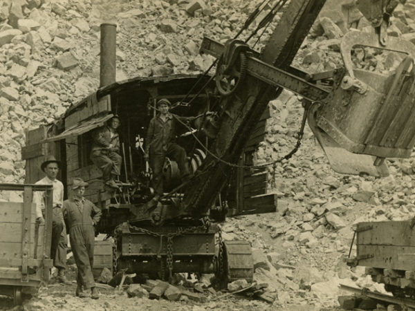 North River Garnet Company miners with steam shovel in North River