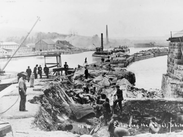 A crew enlarging the canal at Whitehall