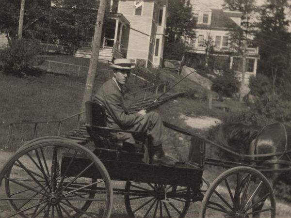 A horse and buggy outside the Ampersand Hotel in Saranac Lake