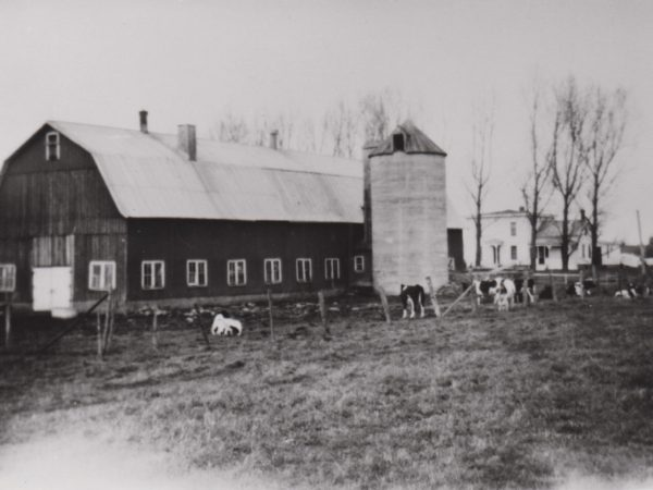 The Thompson barn and house in Flackville
