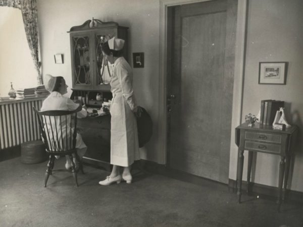 Two nurses for the Trudeau Sanatorium in Saranac Lake