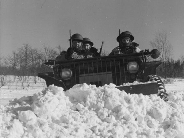 Winter maneuvers at Pine Camp